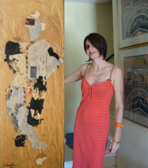 Sandra Savajano présente une de ses oeuvres