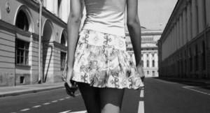 169 - Sur les pas d'une femme