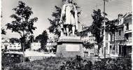 Philippe Parrot : Poème contemporain 243 : Hélène au carré